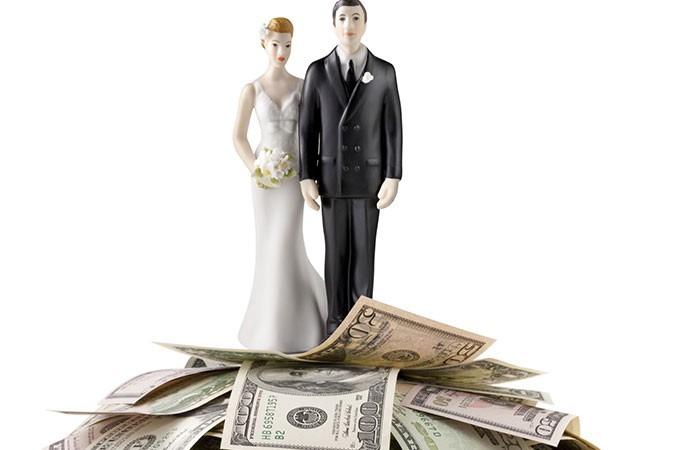 Boşanma Sürecinde Tazminat Nasıl Hesaplanır?